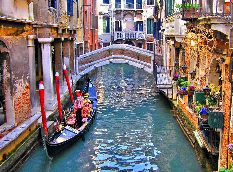 6. В Венеции недовольны поведением туристов, поэтому вводят определенные правила ynews, наказания, новости, русские туристы, туристы, фото, штрафы