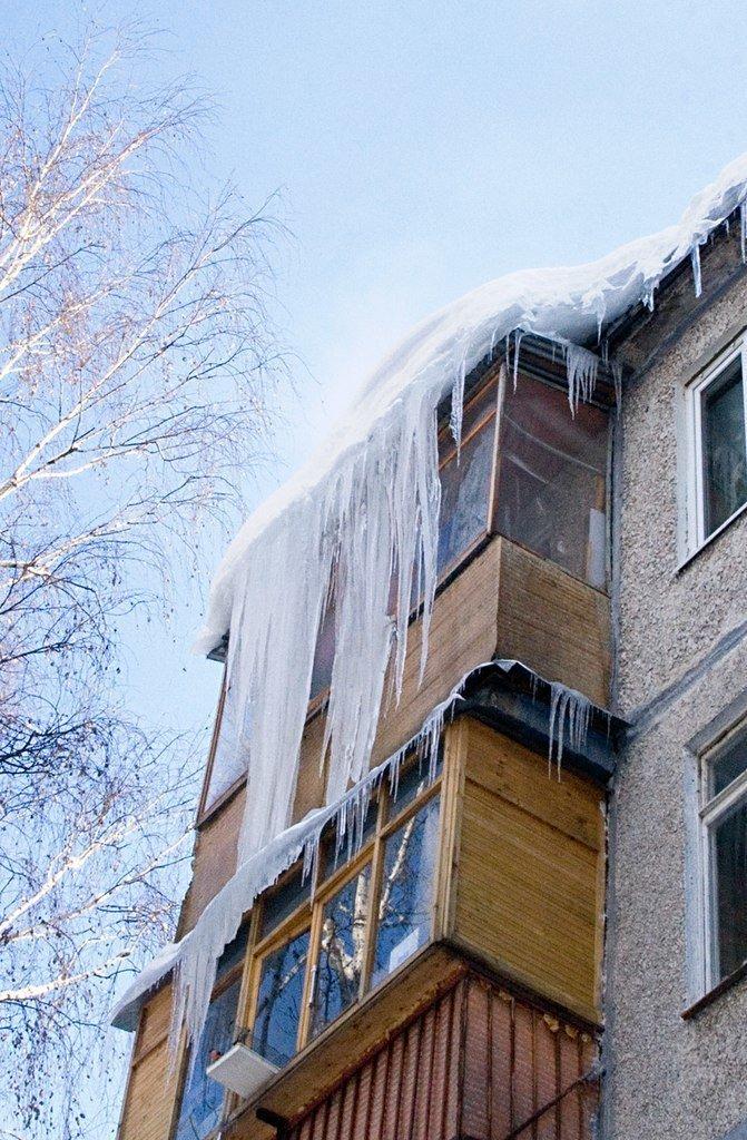 Осторожно: наступает сосулечный сезон вода, город, лёд, сосулька, эстетика