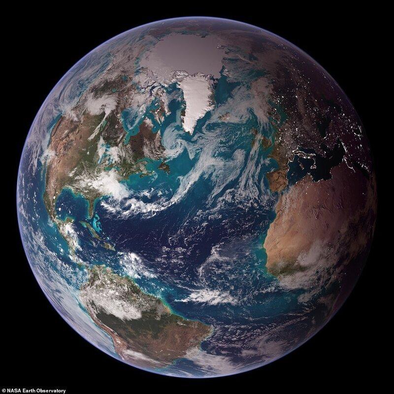 1994 жылдан 2004 жылға дейін жерсеріктерден алынған бірқатар ғарыштық фотосуреттер негізінде жасалған жерді айналдырыңыз