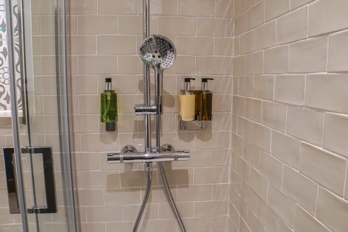 labor cost to install ceramic tile