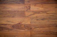 Hardwood vs Vinyl Flooring - Pros, Cons, Comparisons and Costs