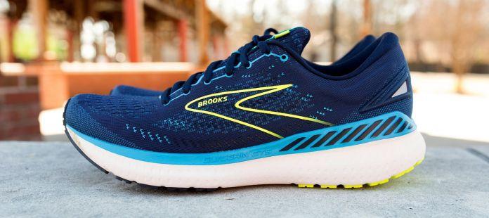 Best Running Shoes For Flat Feet 2021 Fleet Feet