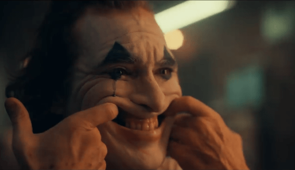 Joker-trailer-screenshots-9-600x347