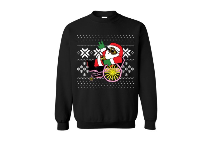 2-chainz-ugly-christmas-sweater-trappin-santa-031-1200x800