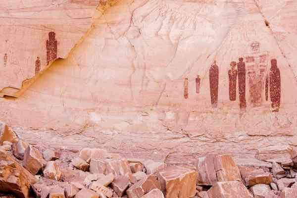 Caves And Canyons Hold World Ancient Art