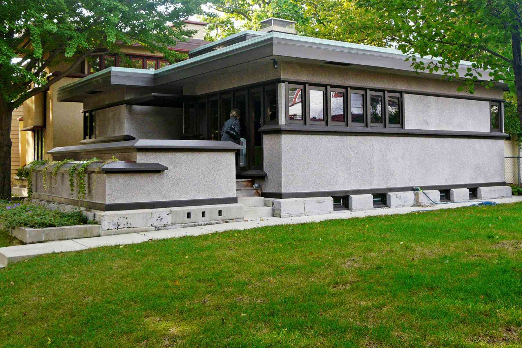 This Frank Lloyd Wright Tour Is An Architecture Devotee S