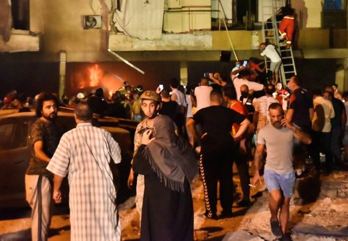 Incêndio e explosão de tanque de combustível matam 4 em Beirute - Folha PE
