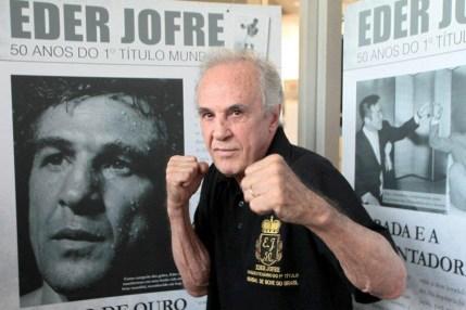 Carente de reconhecimento, Eder Jofre celebra 60 anos de título mundial - Folha PE
