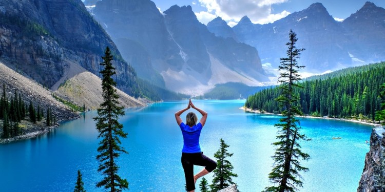 Why Wellness Retreats are the Best Way for Women to Travel Alone