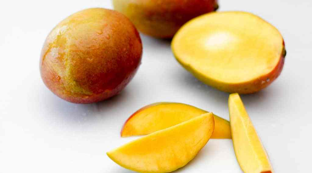 Why Mango is the Perfect Summer Addition to Your Diet