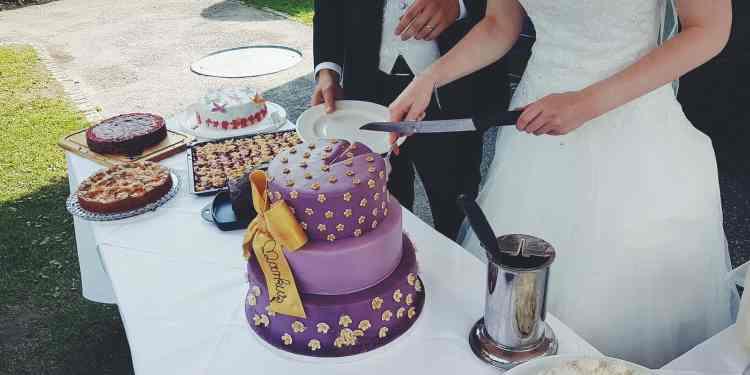 Let The Wedding Cake, Style The Wedding!