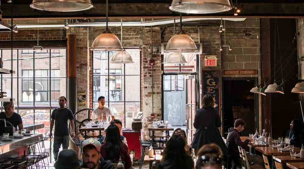 Should restaurants use data to track customers?