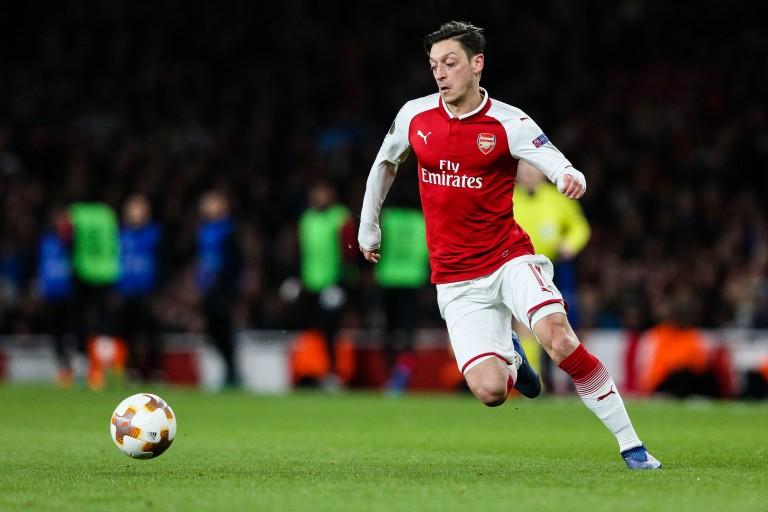 Mesut Özil aurait refusé la baisse de son salaire