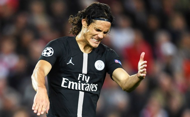 Cavani Could Miss The Chance To Play Former Team Napoli