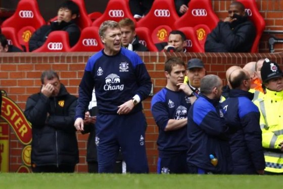 Everton coach David Moyes on the bench at Old Trafford