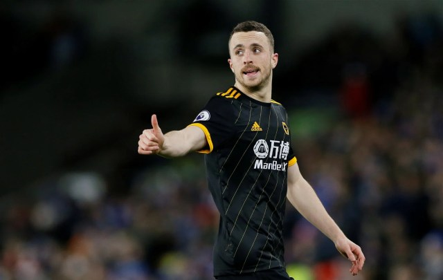 diogo jota thumbs up