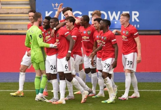 Manchester United players celebrate v Leicester City