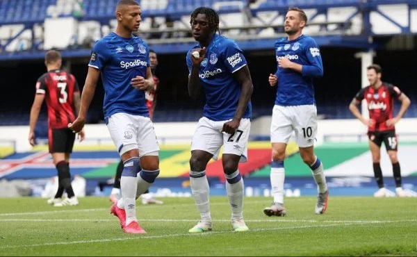 Moise Kean celebrates scoring for Everton vs AFCB