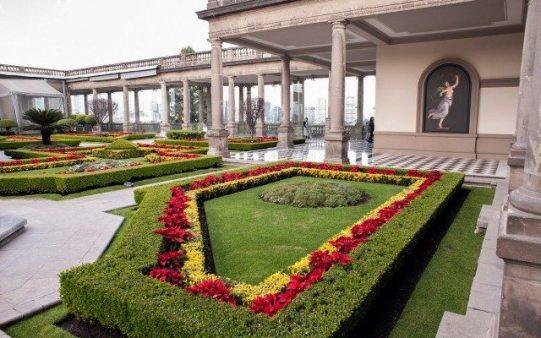 5 museos virtuales mexicanos para disfrutar desde la comodidad de tu asiento - Castillo-de-Chapultepec-640x400