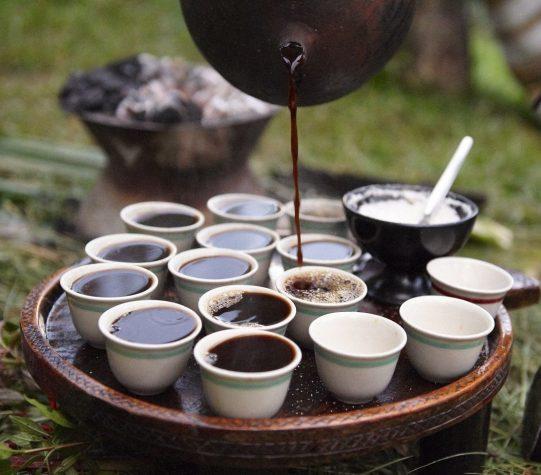 ¿Adicto al café? Tienes que ir a alguno de estos 5 destinos por lo menos una vez en la vida - cafe-eti-e1538441762642