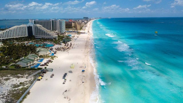 Cancún reapertura