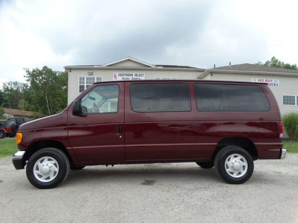 medium resolution of 2006 ford econoline e350 super duty wagon internet price 6 995