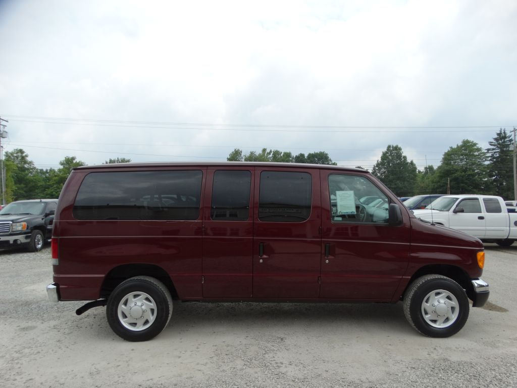 hight resolution of 2006 ford econoline e350 super duty wagon for sale in medina oh southern select auto sales