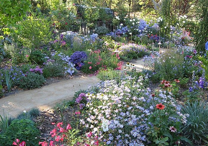 cottage garden ideen fr gartengestaltung mit bauerngartenblumen  fresHouse