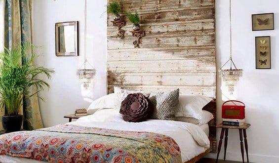 diy deko ideen schlafzimmer mit Holzbett und kopfteil holz  fresHouse