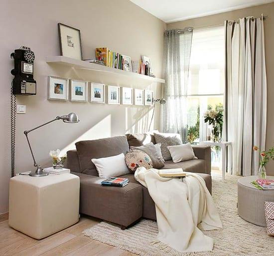kleine wohnzimmer mit beige wandfarbe streichen fr optische raumvergrerung  fresHouse