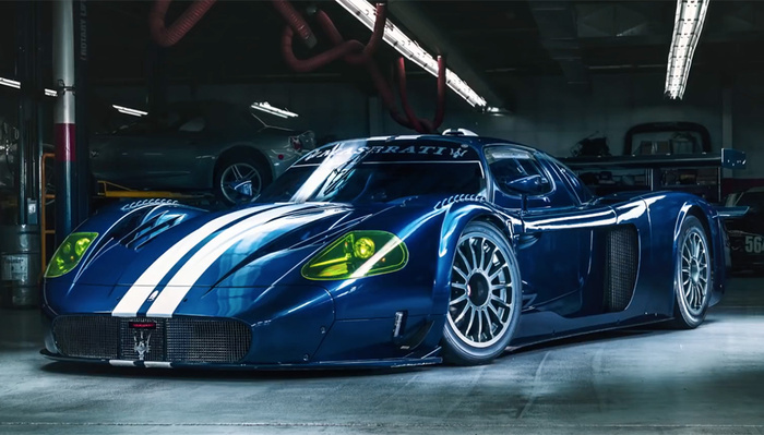 You Don't Need a $2.75M Maserati to Try Automobile Light-Painting, but It Doesn't Hurt