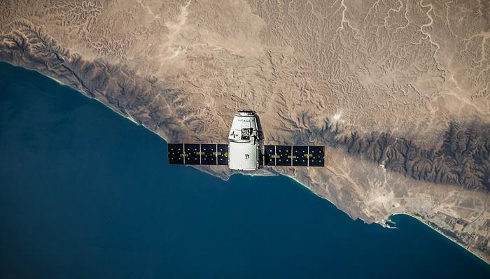 Will Elon Musk Starlink Satellites Ruin Astrophotography?
