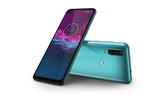 Motorola Has Had Enough of Your Vertical Videos