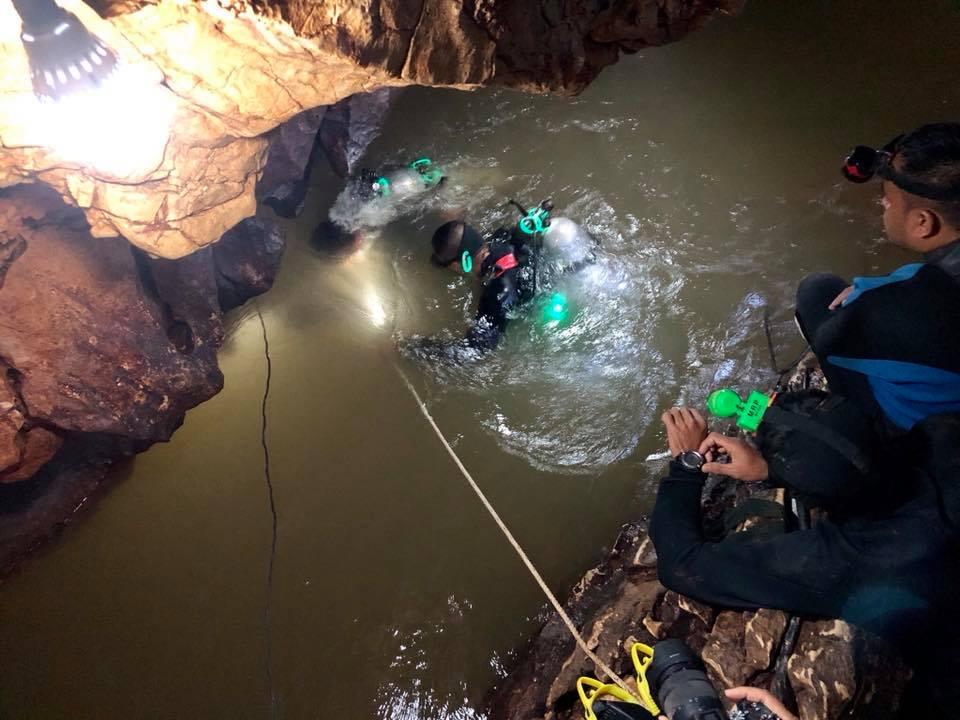 泰國洞穴搶救野豬足球隊 海豹隊員血液感染不治-民視新聞網