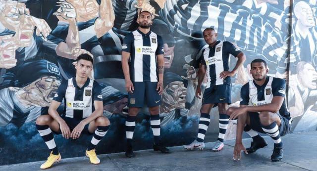 Alianza Lima presentó su nueva indumentaria deportiva 2021