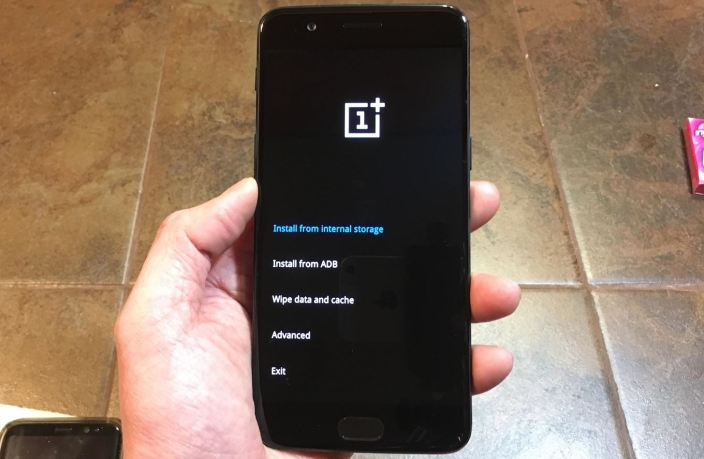 Fix OnePlus 8T Battery Charging Issue And Switching On