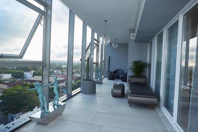 Presidential three bedroom penthouse at Kwarleyz Residence in Ac