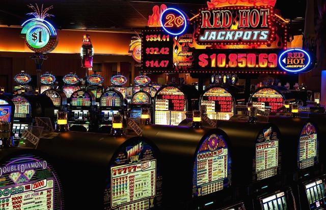 Sous nos jeux vidéo pour salle de 24 box casino jeu en compagnie de Thunderstruck