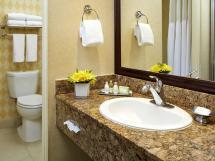 Anaheim Hotel Rooms & Suites - Portofino Inn