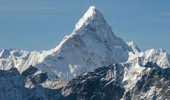 True Facts About Mount Everest in Nepal