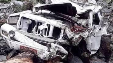 घान्द्रुकमा जीप दुर्घटना तस्बिरः सुरेन्द्र गुरुङको फेसबुकबाट