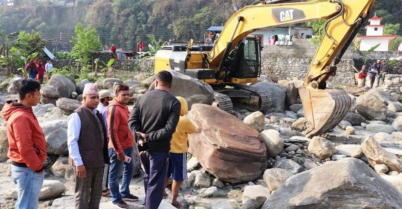 सेतीनदी किनाराको बस्ती संरक्षणमा लाग्दै शान्ति टोल विकास संस्था