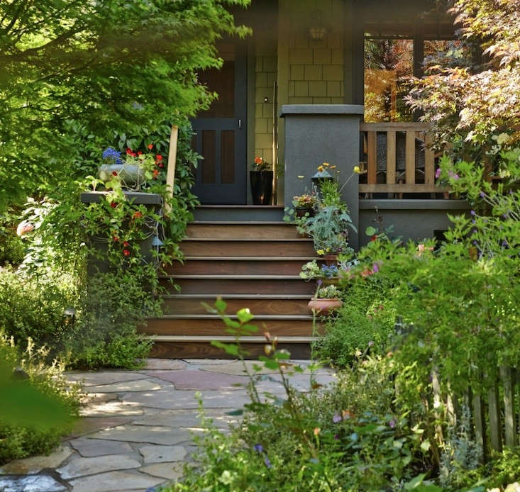 Lawn Begone 7 Ideas For Front Garden Landscapes Gardenista | Front Yard Stairs Design | Entry | Uphill | Step | Residential | Main Door Stair
