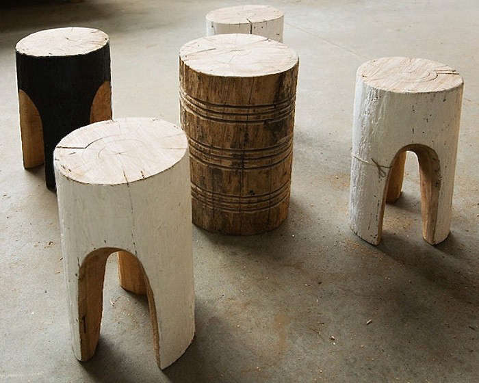 tree stump chairs revolving online pakistan 10 easy pieces stools and tables gardenista above furniture maker greg hatton carves fallen trees by hand applies natural finishes to create side for more information
