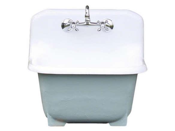 cast iron kitchen sinks hotels with kitchens in atlanta ga deep basin porcelain farm utility sink