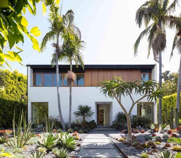 hedge house - gardenista