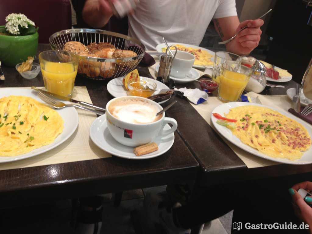 Caf Leisinger Cafe Konditorei in 68723 Schwetzingen