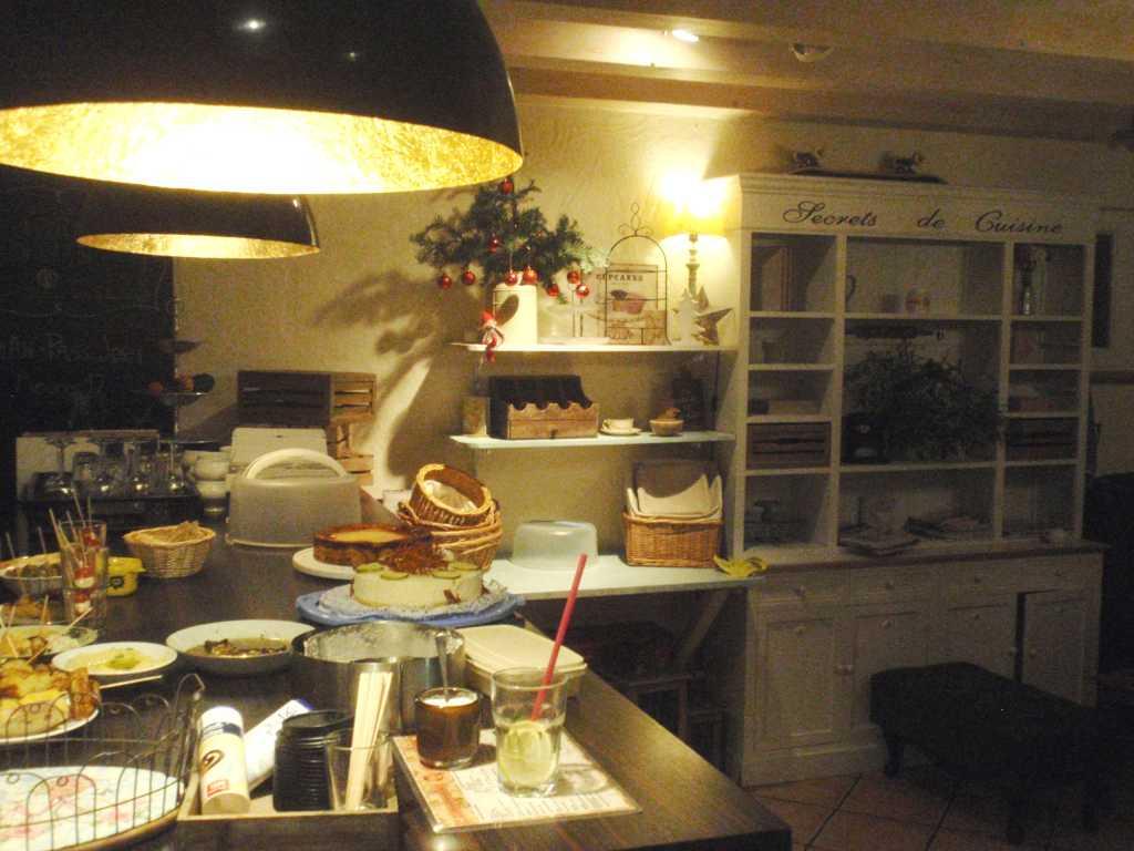 Mayras Wohnzimmer Cafe Beuel Mayras Wohnzimmer Restaurant Bar Cafe