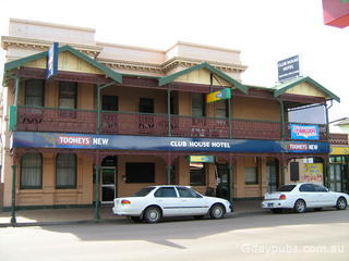 Singleton motels