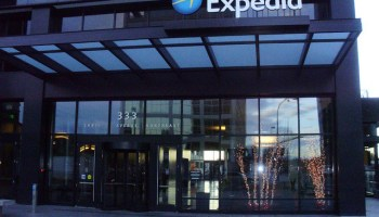Expedia shares rise on increased revenue, CEO touts HomeAway integration